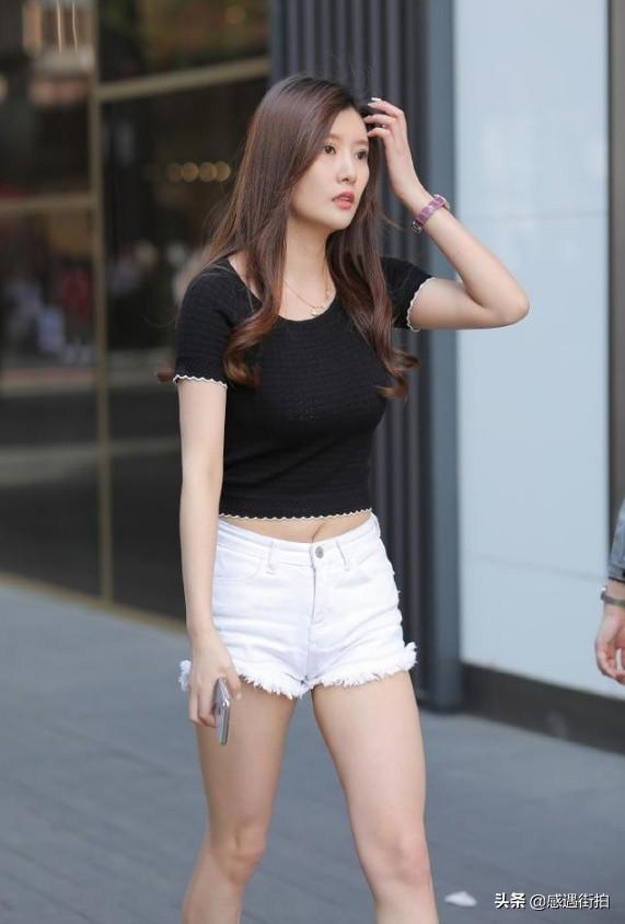 高挑美女穿著牛仔熱褲街拍,詮釋什麼叫骨感美 正妹集中營 第5张
